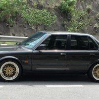 BMW e30 320