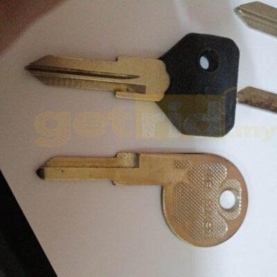 Alfa Romeo Blank Keys